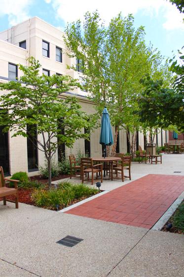 Memorial Hospital Courtyard